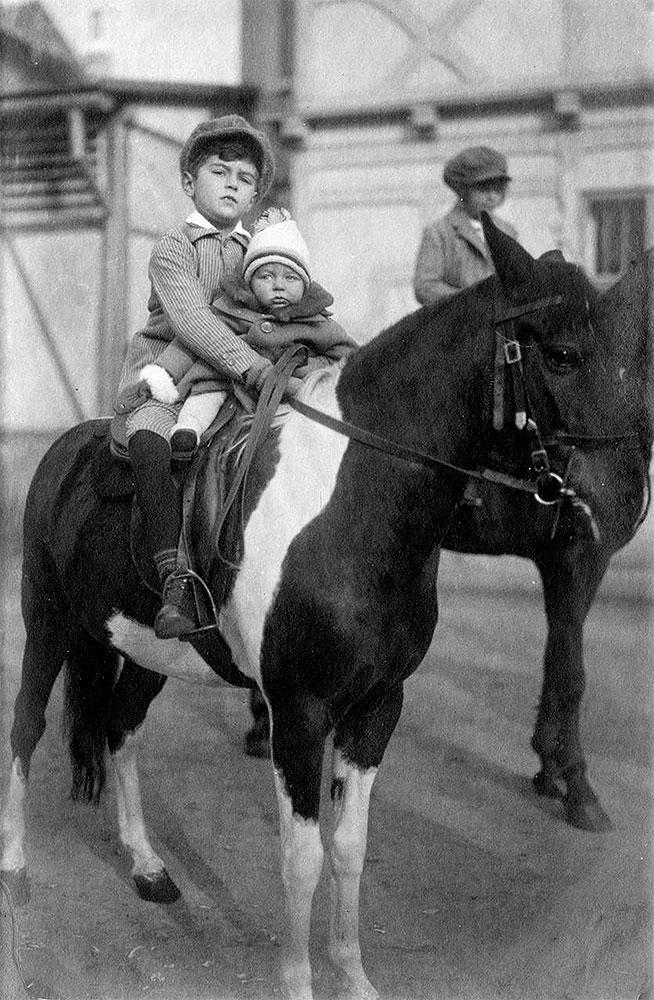 KindermitPferden